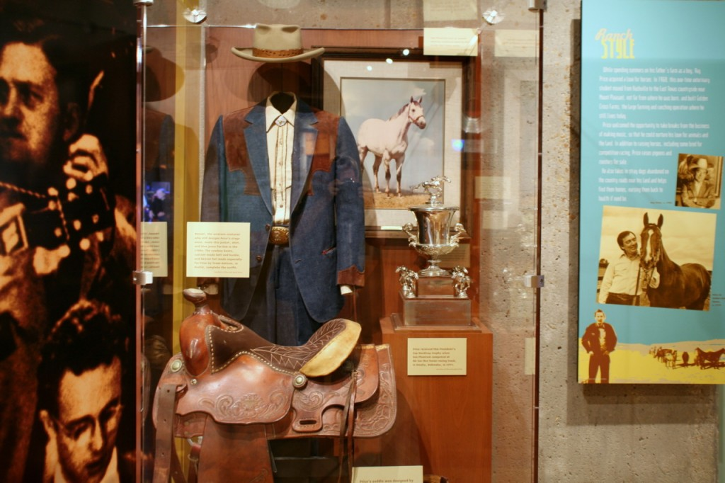 Country_Music_Hall_of_Fame_- Courtesy of Ray Price